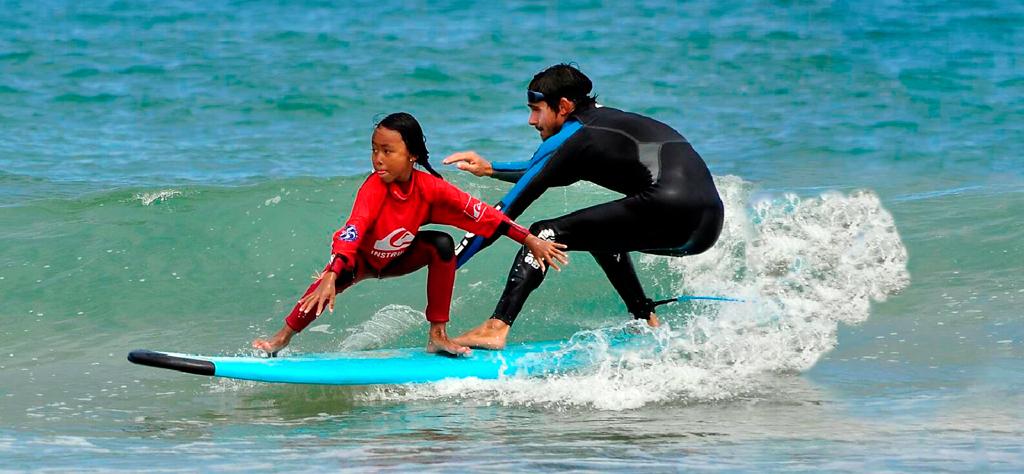 Escuela de Surf - Pobla de Farnals - Valencia