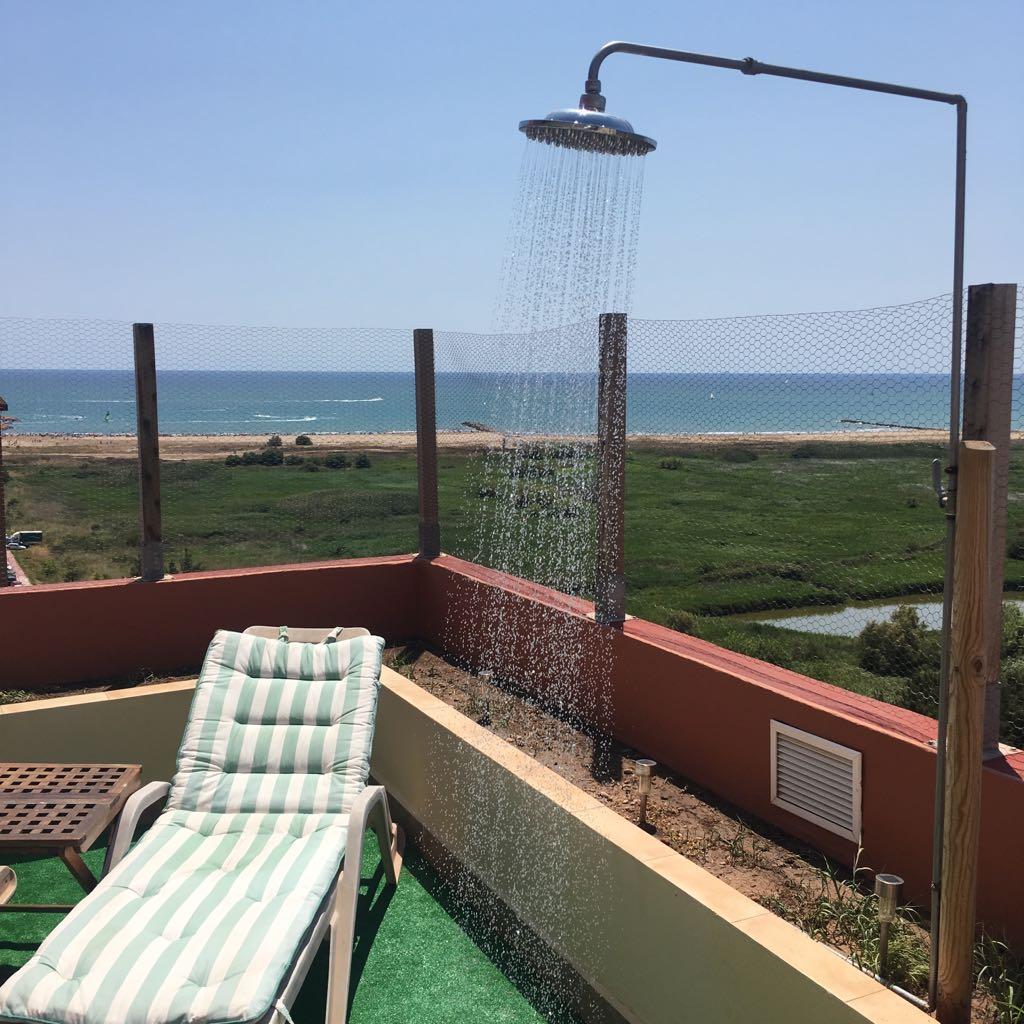 Ric's Place - Ducha de la terraza- Duplex apartment - Pobla de Farnals - Valencia